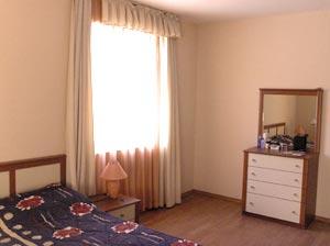 Спальня в апартаментах. Болгария, г.Варна.